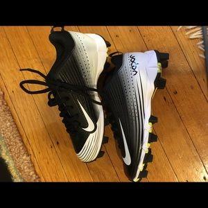 Nike Shoes - Boys Nike Vapor Cleats